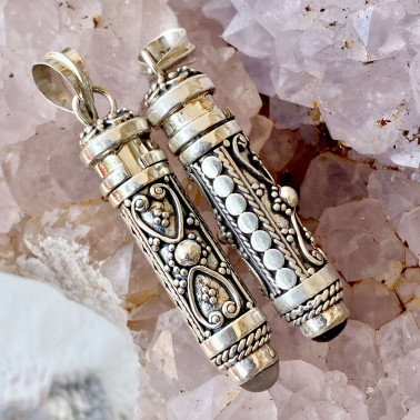 PD 08122 B-MS-( HANDMADE 925 BALI SILVER PRAYER PERFUME BOX PENDANT WITH MOONSTONE)